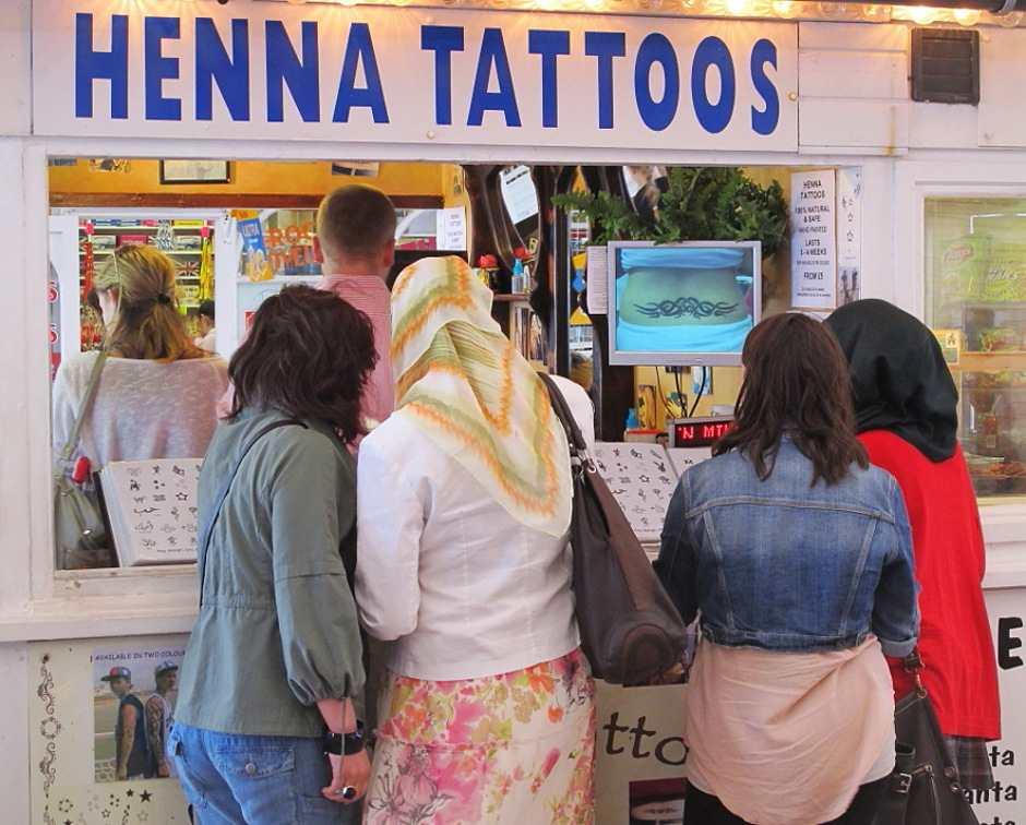Brighton pier, henna Tattoos
