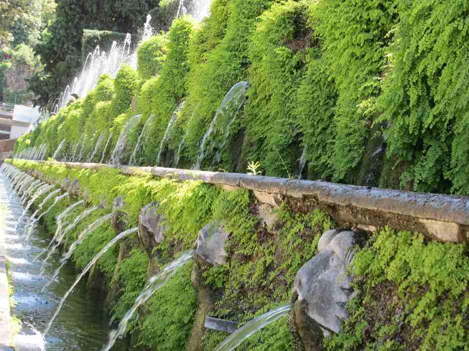 Villa D'Este, The One Hundred Fountain (Le Centro Fontane)