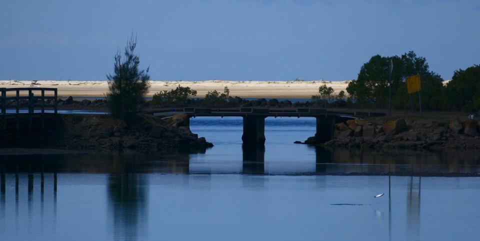 Nambucca River, fish jumping