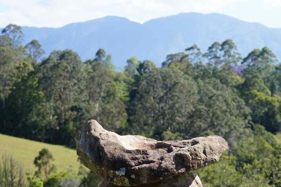 Guunumba, stone & mountain