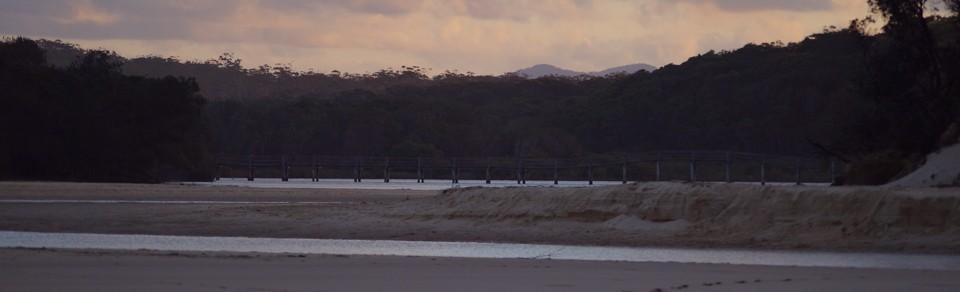 Valla bridge dusk