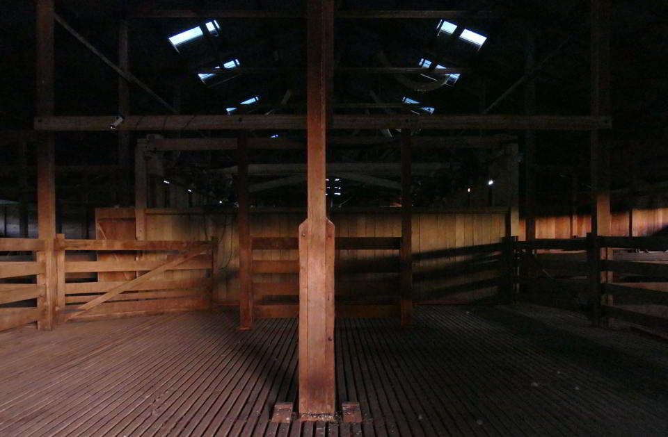 Woolshed, Eos1