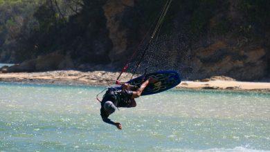 Photo of Kitesurfers Valla Beach